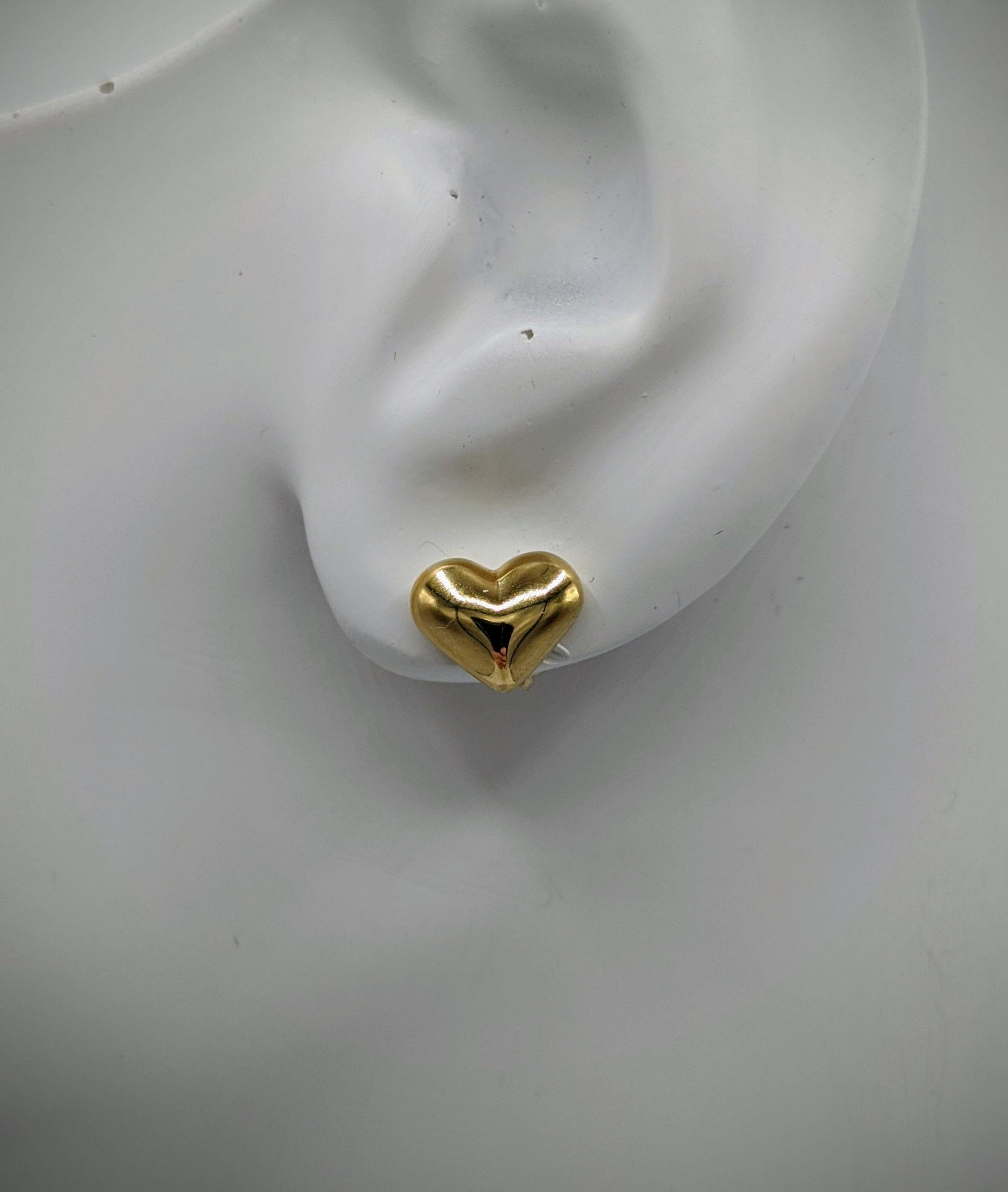 Ladies Light Weight 14kt Yellow Gold 3 Dimensional Puffed Heart Stud Earring (10mm)